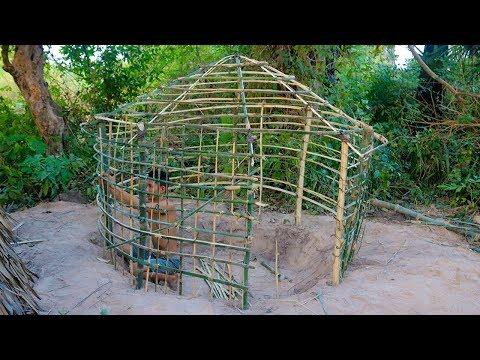 Primitive Technology: Wattle and Daub Hut   Build A Primitive Mud Hut - Part 1