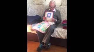 Pensionista indignado por la subida de 2 euros en su pension
