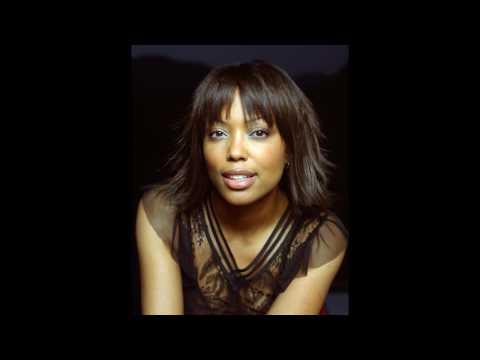 Аиша Тайлер (Aisha Tyler) musical slide show