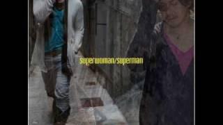 『superwoman/superman』