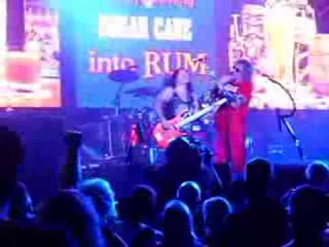 sammy hagar right now live in st louis mo aug 31 2013 youtube. Black Bedroom Furniture Sets. Home Design Ideas