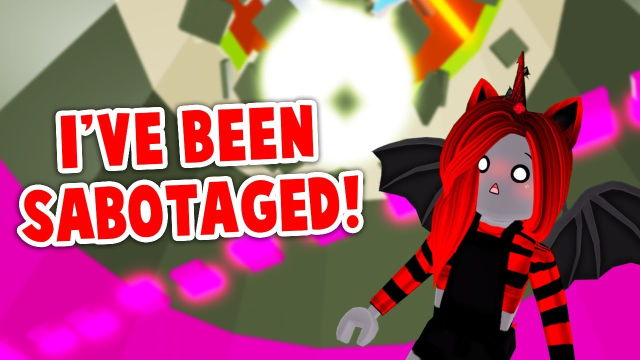 My FRIEND SABOTAGED ME In Tower Of Hell! (Roblox)