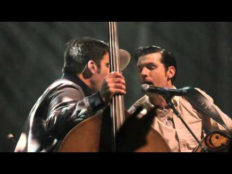 """Avett Brothers """"Pretty Girl From Annapolis w/ When Doves Cry Interlude""""   Chicago 04.21.16"""