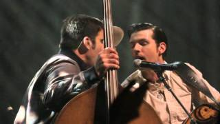 "Avett Brothers ""Pretty Girl From Annapolis w/ When Doves Cry Interlude""   Chicago 04.21.16"