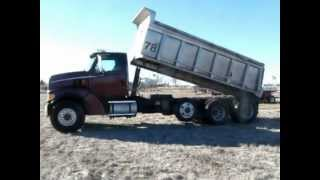 1998 Ford LT9511 tri axle dump truck for sale | sold at auction February 14, 2013