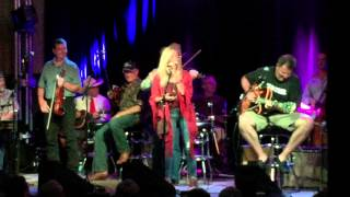 Sheryl Crow and the Time Jumpers