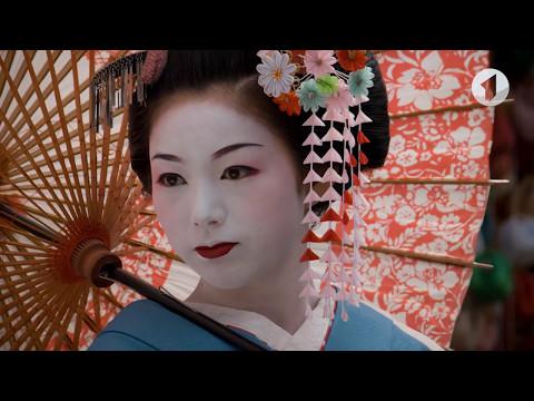 Мастер-класс по канзаши - японской технике создания украшений / Утренний эфир