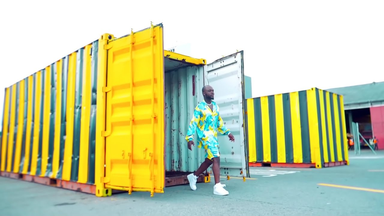 Download Mr Bow - Tsovani Minengue ( Official Video )