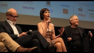 "Ellen Greene sings ""Somewhere That's Green"" at the 50th NYFF"