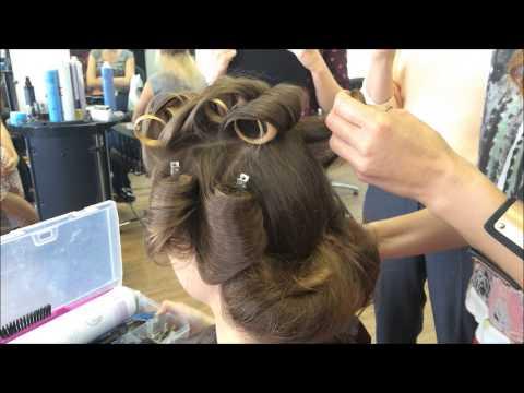 Прическа на длинные волосы греческая