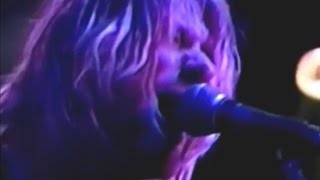 Repeat youtube video Nirvana - 1991-09-21 - [Complete/2-Cam] - Montreal, Canada - (3 days before Nevermind Rls) - 9/21/91