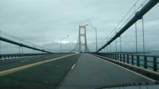 BRIDGE CROSSING AT STRAITS OF MACKINAC 10/06/09