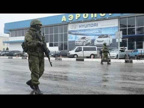 Ukraine: 'Invasion' at airport is by Russian soldiers