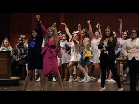 Legally Blonde - Legally Blonde Remix (Bend Cast)