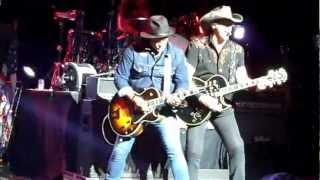 "Ted Nugent ""Stranglehold"" (Live: Boston, MA) 7-10-2012"