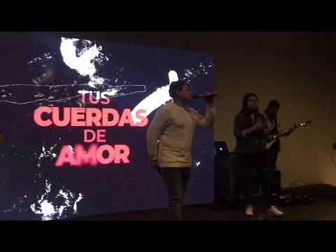 Lowsan Melgar - Tus cuerdas de amor - En Vivo - Feat Melany Melgar