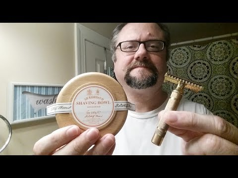 Just a Shave: Gillette NEW Long Comb - DR Harris Sandalwood - Semogue 830