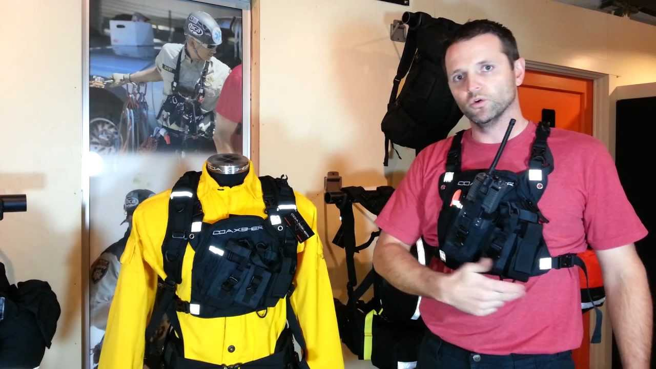Dr 1 commander dual radio chest harness by coaxsher youtube sciox Choice Image