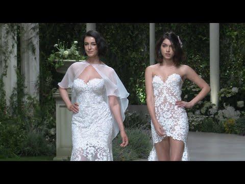Blanca Romero y Lucía Rivera desfilan juntas para Pronovias thumbnail