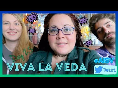 Twitch Streamers, Ninja Crabs, Ferret Attacks & Park Conservation | VEDA 25