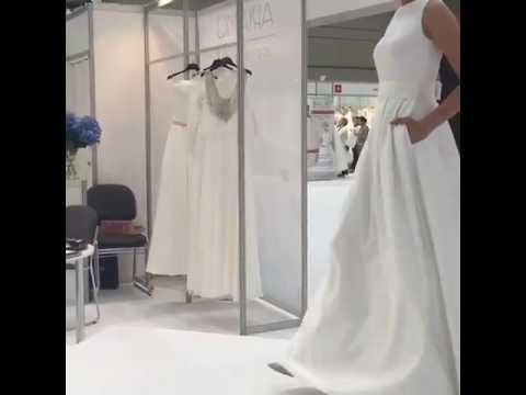 О нашей компании. Anna kuznetcova российский производитель свадебных платьев. Наше производство оснащено самым современным оборудованием, а коллектив — специалисты с многолетним опытом в пошиве свадебных платьев.