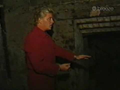 Derek Acorah - Edinburgh Vaults (2000)