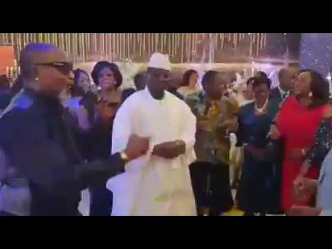 Yaya Jammeh a fait la fête pour le nouvel an avec...