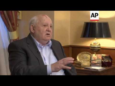 ONLY ON AP Gorbachev urges US-Russia talks