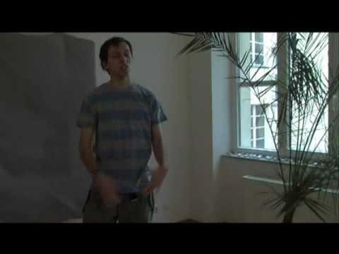 Stiller Frühling -  Sebastian probiert Anmachsprüche