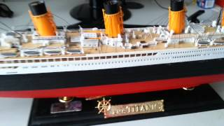 RMS TITANIC MODEL 1:400