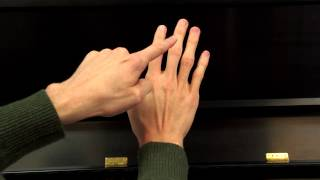 Hoffman Academy - Piano Lesson 26 - Mouse in the House