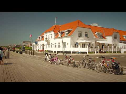 Hjerting Badehotel (Official Video)