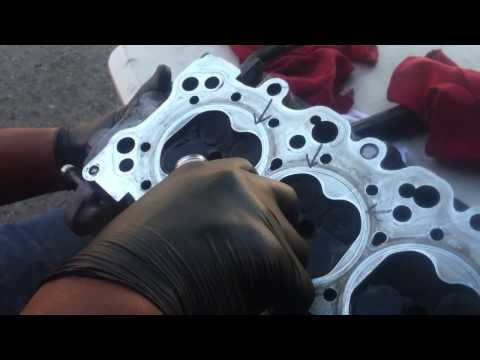 HOW TO CHECK LEAKING VALVES IN CYLINDER HEADS. THEY DONT TEACH THIS IN SCHOOL, ONLY OLDSKOOL