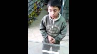 Dosao da kupi mrezu bez para (Ali ne laze uopste xD )