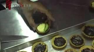 Cara Membuat Cup Cake - Kursus Membuat Fruit Pie - Info : 0817321024