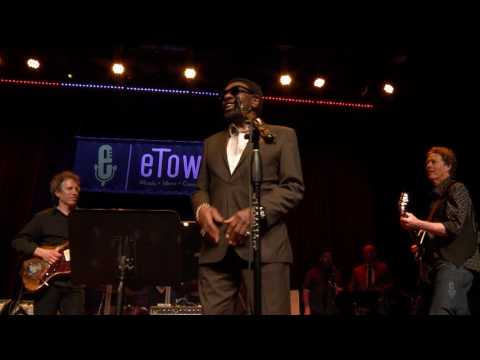 eTown Finale with William Bell & Alejandro Escovedo - Knock On Wood (eTown webisode #1154)