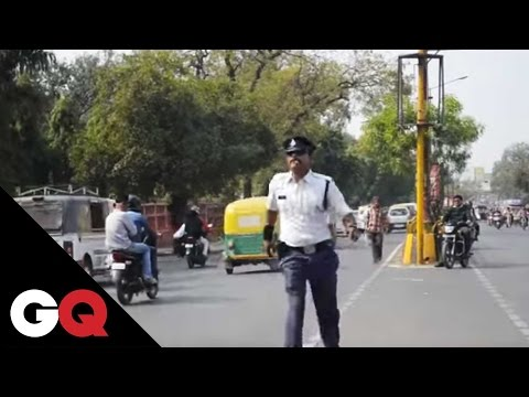 Indore's Moonwalking Cop Is Literally Traffic-Stopping