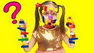 Даша и ее новые игрушки  Даша играет в конструктор  Игра с Лего