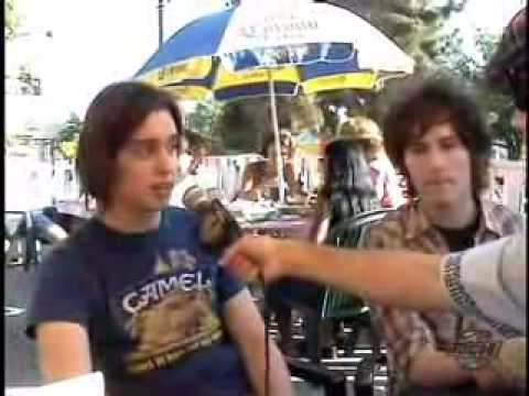 The Strokes - Interview Part 1 (12-aug-01)