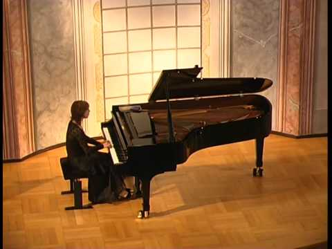 Lusine Khachatryan Mozart - Sonata No.8 A-Minor KV 310