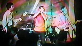 2001年12月10日戸塚でのライブ。珍しくゲストボーカリストを招...