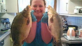 Рыбалка в Карелии.  Вот такие уловы на рыбалке в Карелии.(Рыбалка в Карелии. Вот такие уловы на рыбалке в Карелии. http://provolos24.ru/fish.html Желаете ловить крупную рыбу, лови..., 2016-02-19T16:35:50.000Z)