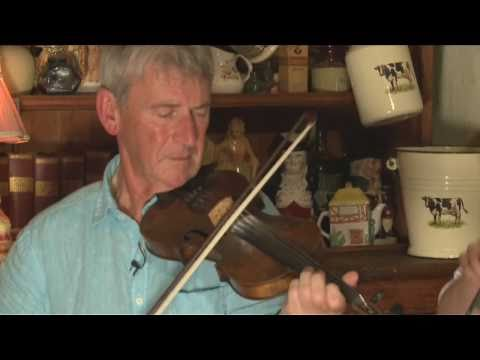 Anderson's Thatched Bar - Traditional Irish Music From LiveTrad.com