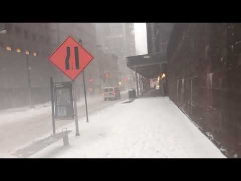 Snowstorm hits New York City – the scenes in Lower Manhattan