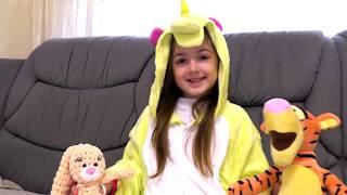 Маша и ее истории с игрушками