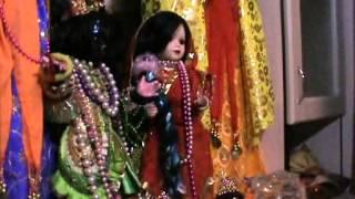 Песни ачариев вайшнавов 48 - Намо намах Туласи Кришна преясию Namo namah Tulasi Krishna preyasi