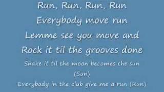 Repeat youtube video Rihanna- Pon De Replay (Lyrics)