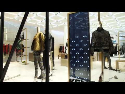 [Case Study] KENZO incorporates Samsung Display Solutions