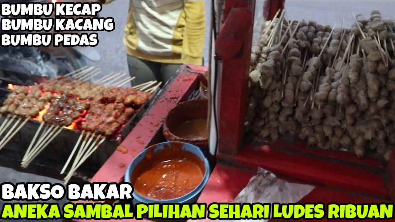WAOW... RAMAI & LARIS | SEHARI HABIS 1200 TUSUK BAKSO BAKAR BUMBU KACANG | INDONESIA STREET FOOD #92