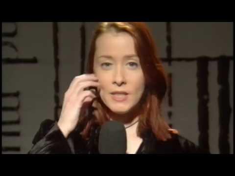 Suzanne Vega  Toms Diner  Acappella BBC TV 1994
